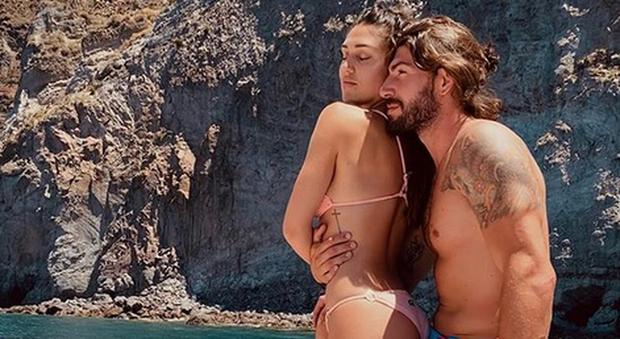 Cecilia Rodriguez e Ignazio Moser in crisi? Vacanze separate e i rumours del web: «Errori...»