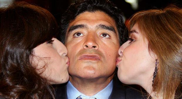Diego Armando Maradona, tutte le sue donne: la moglie Claudia, le figlie, le madri dei figli e quel flirt con Heather Parisi