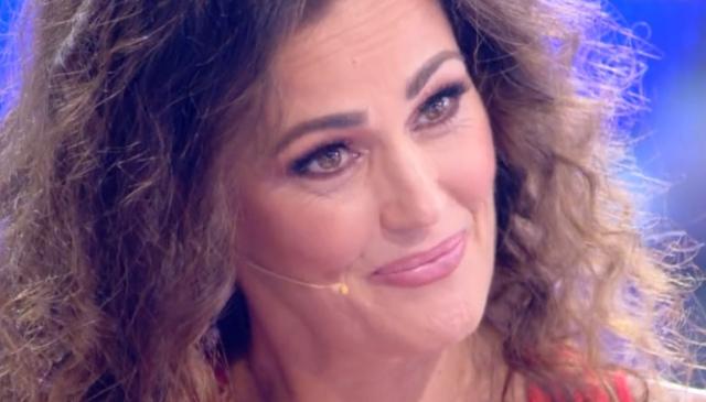 Samantha De Grenet, dramma a Domenica Live: «Vi racconto la mia lotta contro tumore e covid»