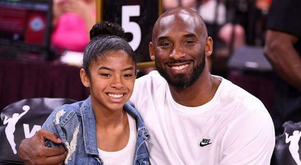 Kobe Bryant e la figlia Gianna morti un anno fa, mamma Vanessa pubblica la lettera dell'amica del cuore: «Ci ha reso migliori»