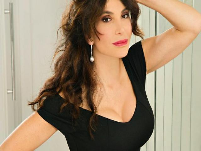 Carmen Di Pietro a Domenica Live: «Ho avuto il Covid e ho contagiato mia mamma»