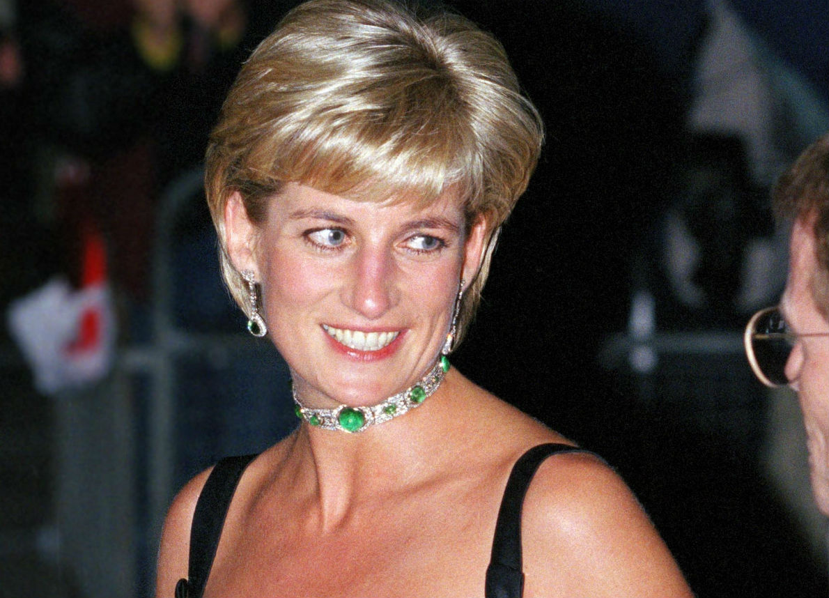 Lady Diana, il fratello pubblica il ritratto della nonna: la somiglianza è impressionante