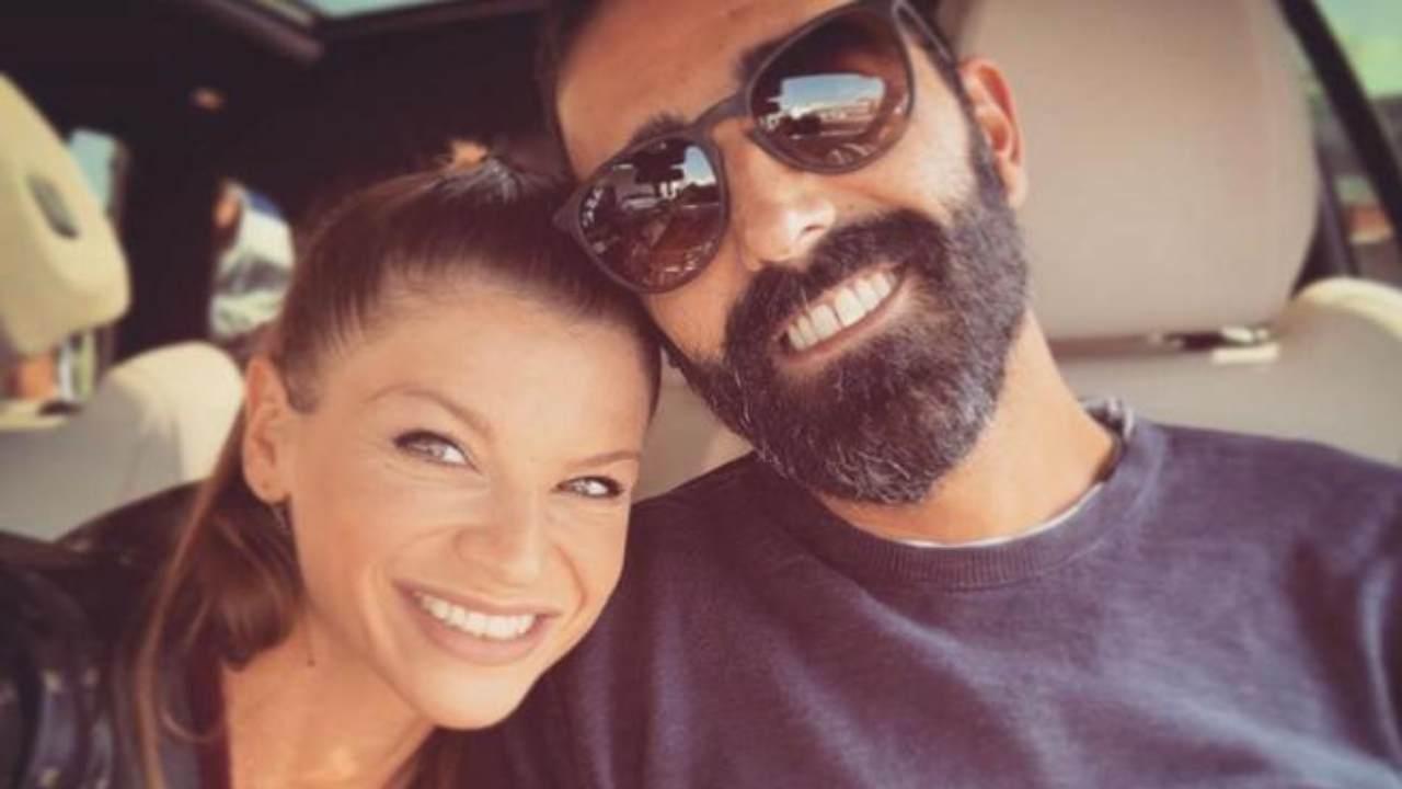 Alessandra Amoroso e l'addio al fidanzato Stefano Settepani: «Non significa che il sentimento si sia spento...»
