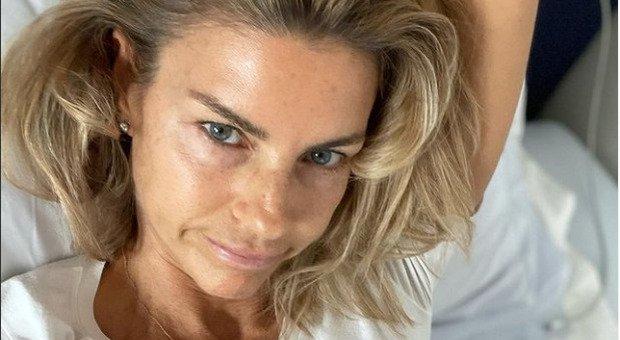 Martina Colombari positiva al Covid: «Senza vaccino sarei stata peggio». Il racconto su Instagram