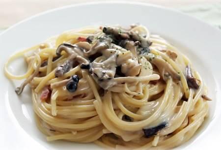 Pasta Linguine ai funghi