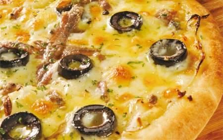 Pizza Mozzarella e Acciughe