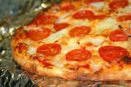 Pizza con Patate e Pomodorini