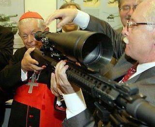 Il Vaticano è il produttore di armi più grande del mondo