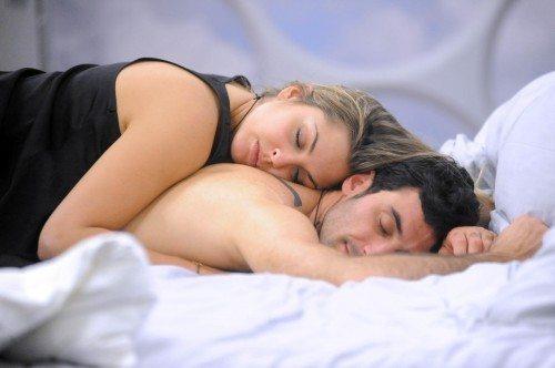 Rapporti di coppia: 9 abitudini che dovete evitare in camera da letto