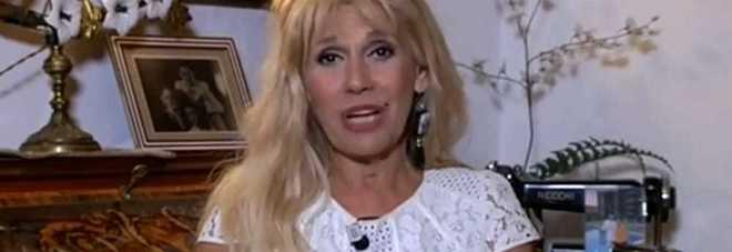 """Confessione choc di Maria Teresa Ruta: """"Da ragazza hanno cercato di violentarmi!"""""""