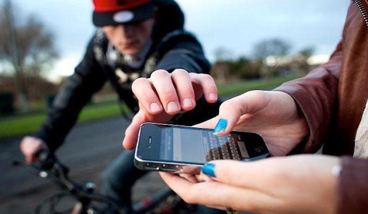 Perchè non devo comprare uno smartphone rubato? Ecco cosa rischi!