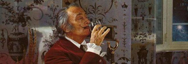 """""""Salvatore Dalì era mio padre"""", la salma del celebre pittore sarà riesumata il 20 luglio"""