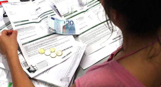 Bollette a 28 giorni, rimborso a tutti gli utenti di 50 euro.
