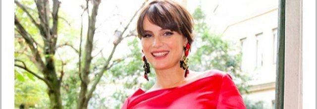 Lorena Bianchetti incinta a 44 anni, in maniera super natural
