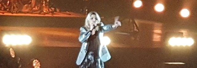 Emma Marrone piange dopo il concerto per le offese leghiste.