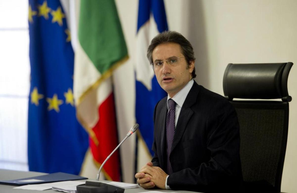 Regionali 2020, giunta Caldoro, nel 2010 Tagli ai trasporti pubblici in Campania Tra treni e bus soppresse 40mila corse nel 2010-ILFATTOQUOTIDIANO➟