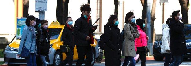 Coronavirus, caccia al paziente zero a Padova, ecco com'è stato diffuso il virus in Italia-LEGGO➟