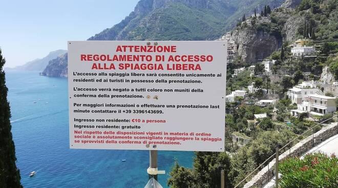 In Campania spiagge riservate solo ai ricchi e ai residenti o quasi, approfittando del covid19➟