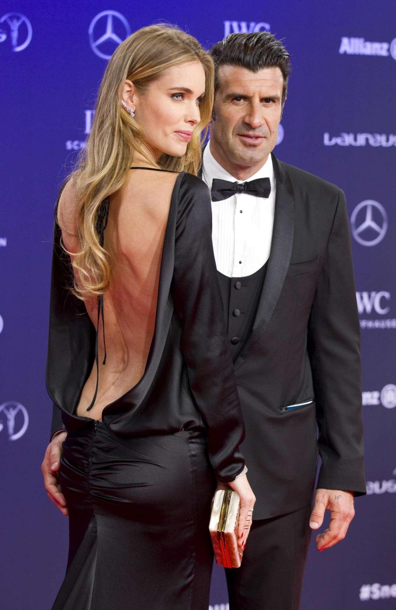 Palpatina h0t di Luis Figo alla moglie, sul red carpet.