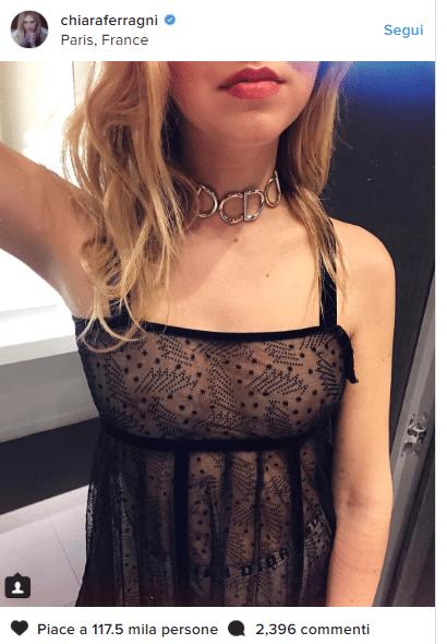 Chiara Ferragni H.ot a Parigi, piercing sul se.no in bella mostra