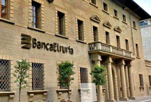 Licio Gelli: il padrino di Banca Etruria e le riforme costituzionali.