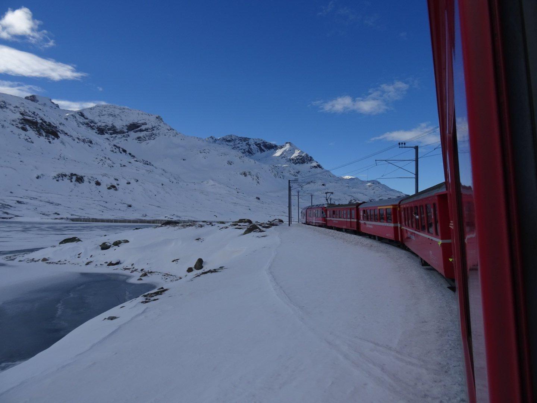 Fuga di Sant'Ambrogio sul Bernina Express