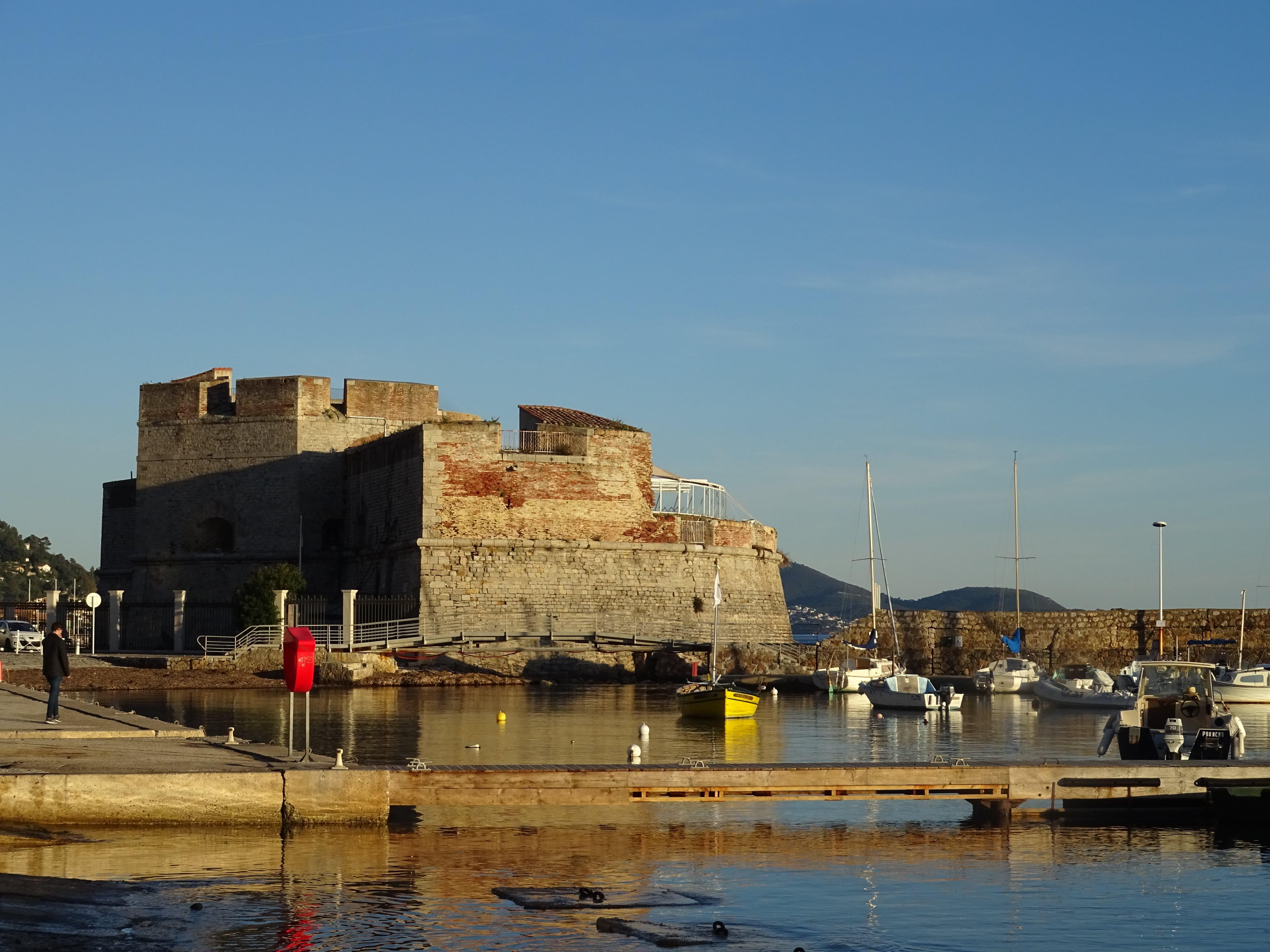 Viaggio a Tolone: la rada del Porto e il Monte Faron