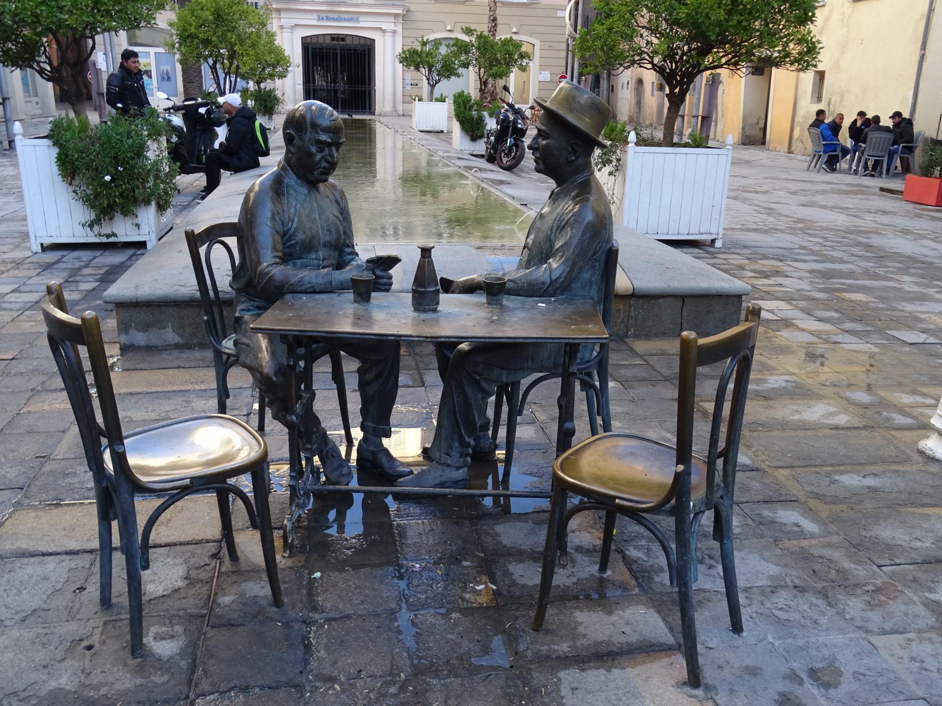 Viaggio a Tolone: una città che si scopre solo attraverso i suoi chiaroscuri