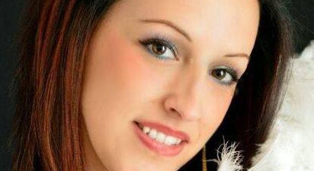 Alessandra scrive un post agghiacciante su Fb e poco dopo viene trovata morta