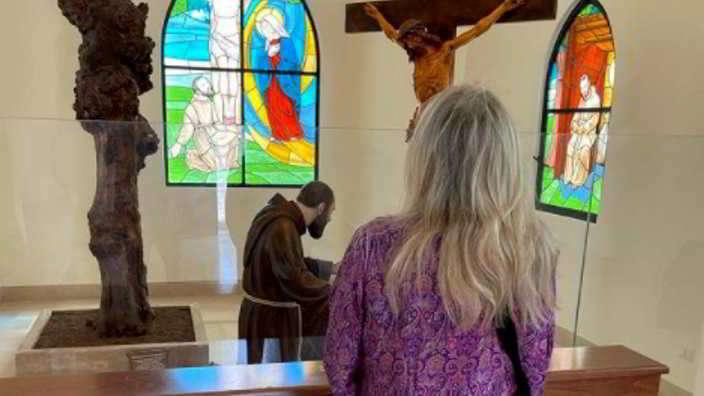 Mara Venier a Pietralcina da Padre Pio: