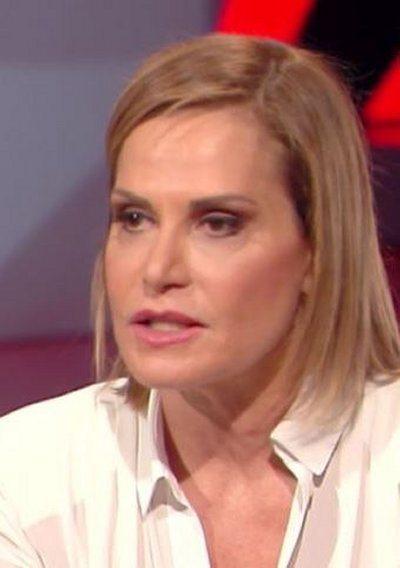 Simona Ventura dice basta alla chirurgia estetica