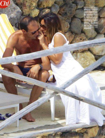 Ambra e Massimiliano Allegri in vacanza all'Argentario