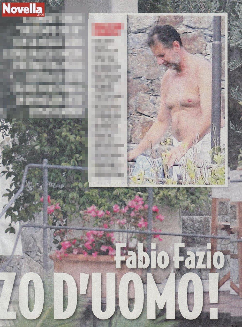 Fabio Fazio a bordo piscina mostra il suo fisico