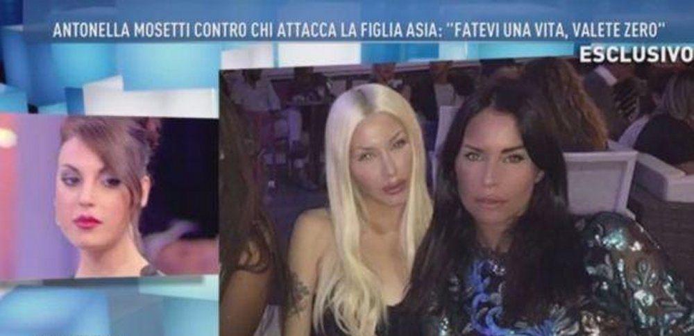 Antonella Mosetti a Domenica Live Asia non si è rifatta