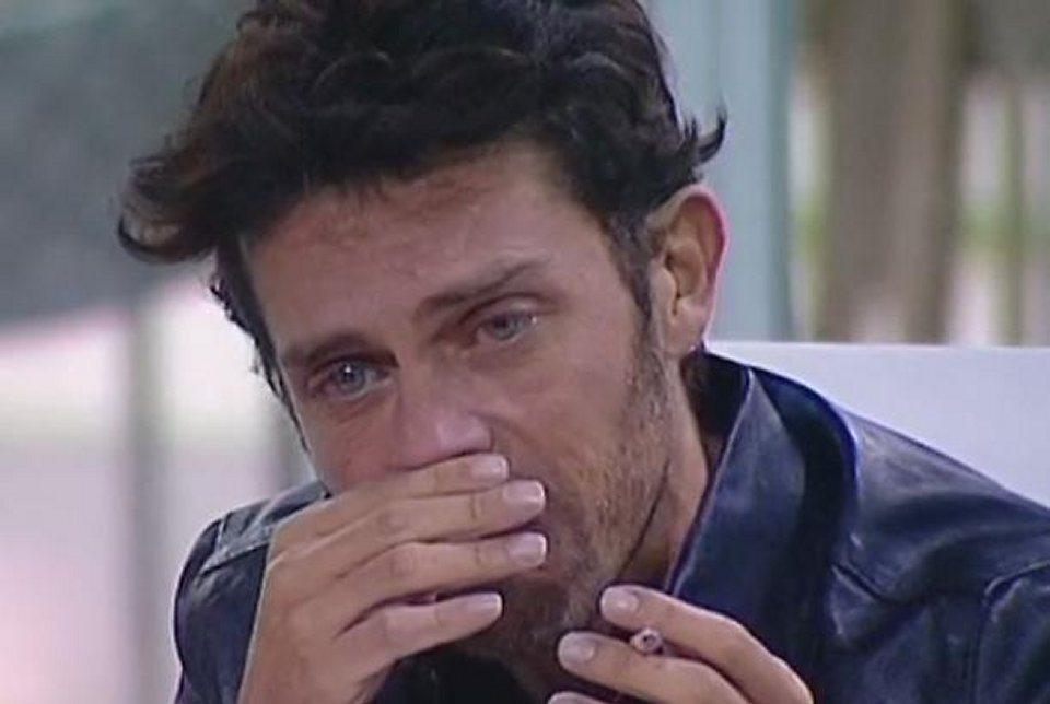 Raffaello Tonon in tv parla del rapporto difficile con il padre