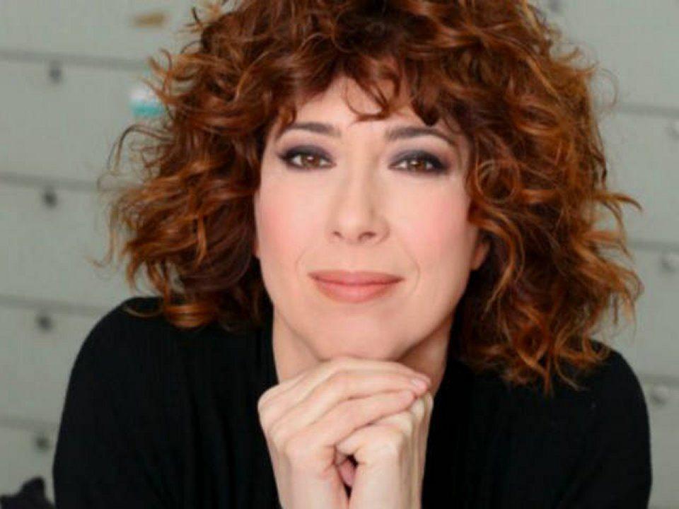 Veronica Pivetti sono un'esibizionista e giravo in casa senza veli