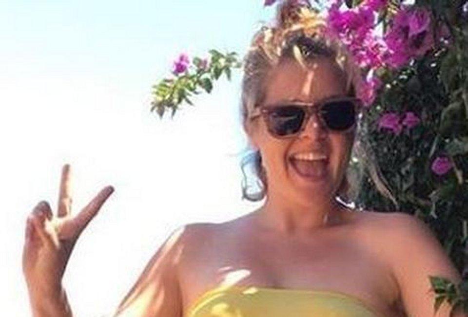 Noemi in bikini dimagrita per una dieta fan in delirio