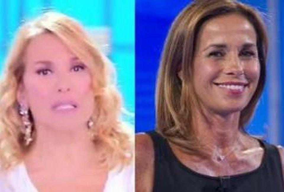 Cristina Parodi contro Barbara D'Urso ed elogia Mara Venier