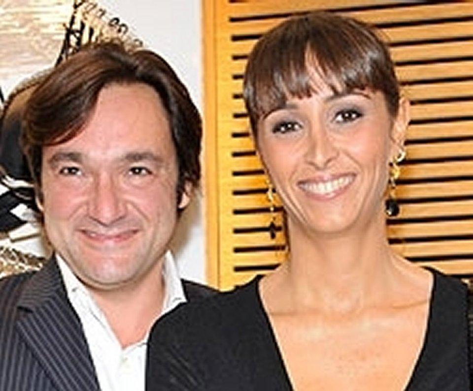 Benedetta Parodi e Fabio Canessa dopo 20 si scambiano le promesse di matrimonio