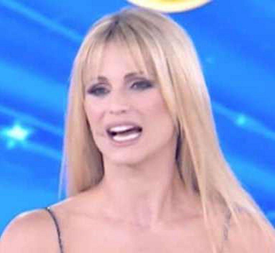 Michelle Hunziker replica alle polemiche dopo la puntata di Amici Celebrities