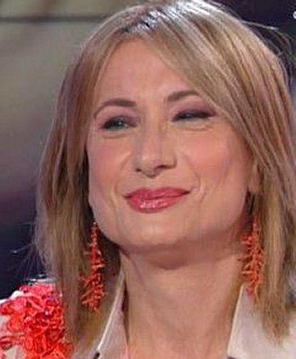 Vladimir Luxuria a Storie Italiane racconta sono fidanzata