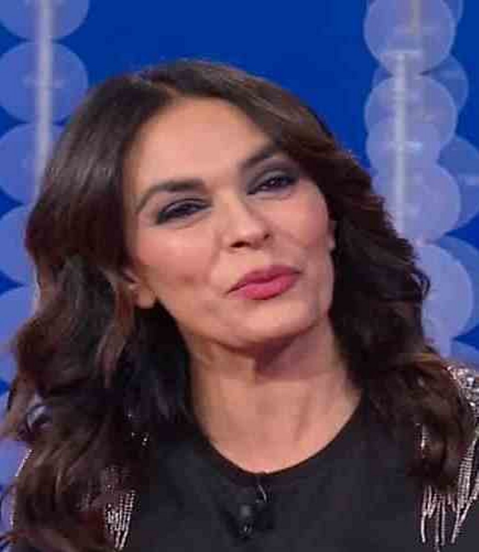 Vieni da me Maria Grazia Cucinotta risponde a Nathalie Caldonazzo