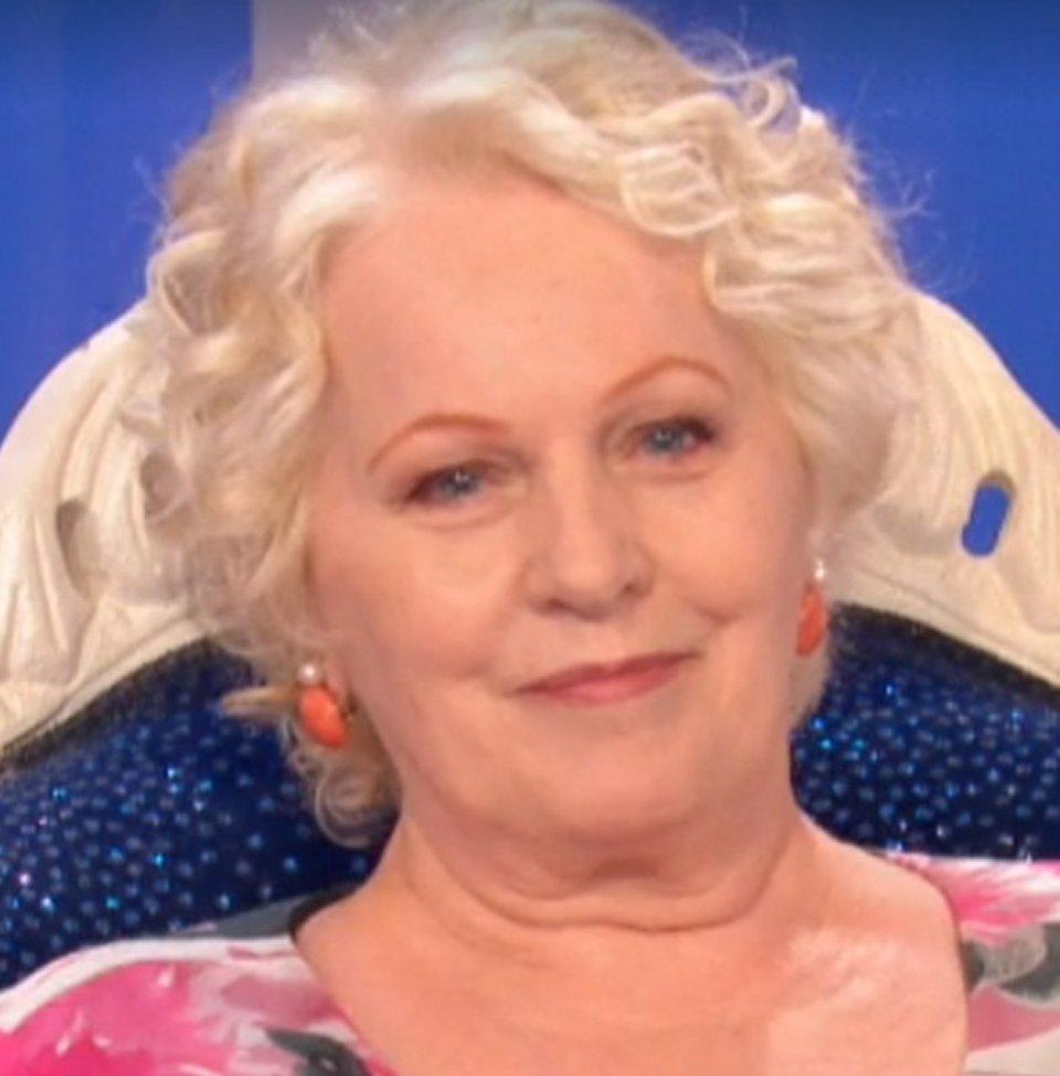 Katia Ricciarelli in tv racconta un caprone si è innamorato fisicamente di me