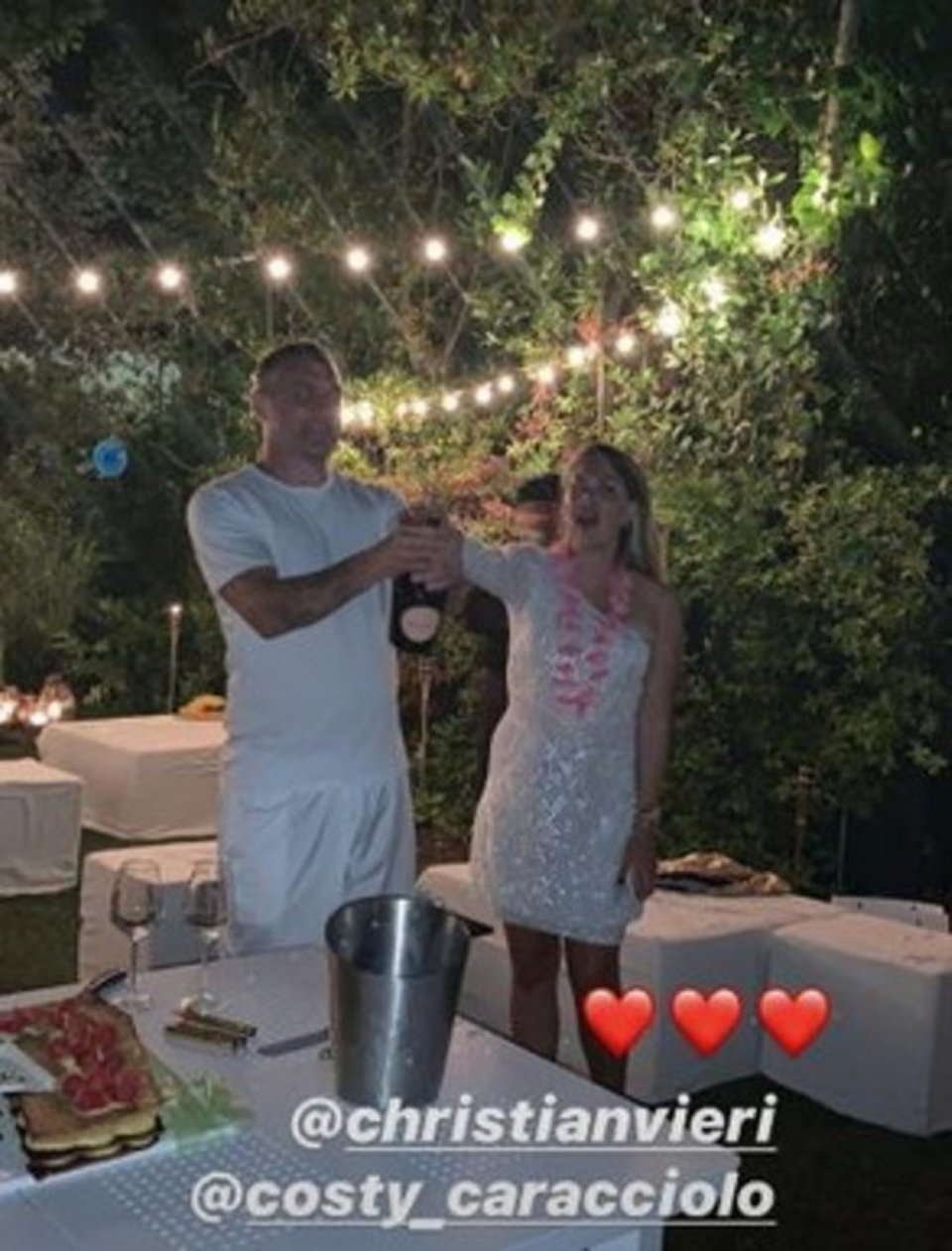 Bobo Vieri compie gli anni la Caracciolo organizza una festa a sorpresa