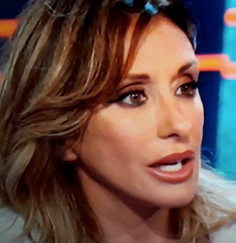 La Vita in diretta Sabrina Salerno s'infuria e Andrea Delogu risponde così