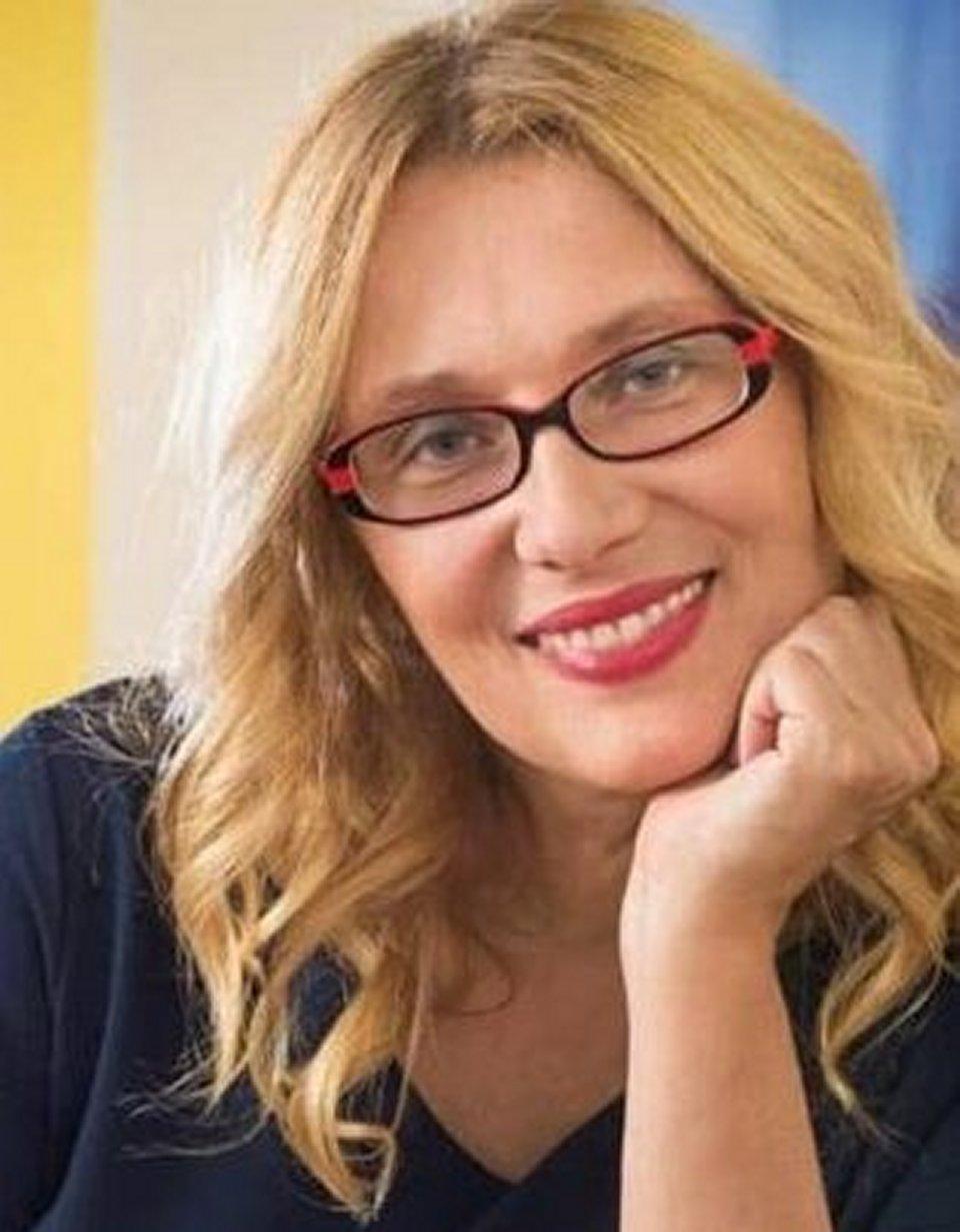 Nicoletta Mantovani annuncia le sue nozze a settembre mi risposo