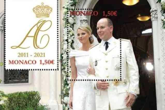 Charlene e Alberto di Monaco in occasione del loro anniversario esce un francobollo
