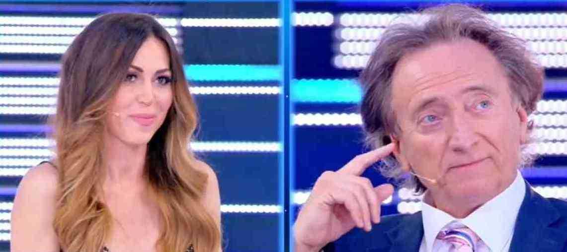 Amedeo Goria presenta la sua fidanzata Vera Miales dice lo facciamo cinque volte al giorno
