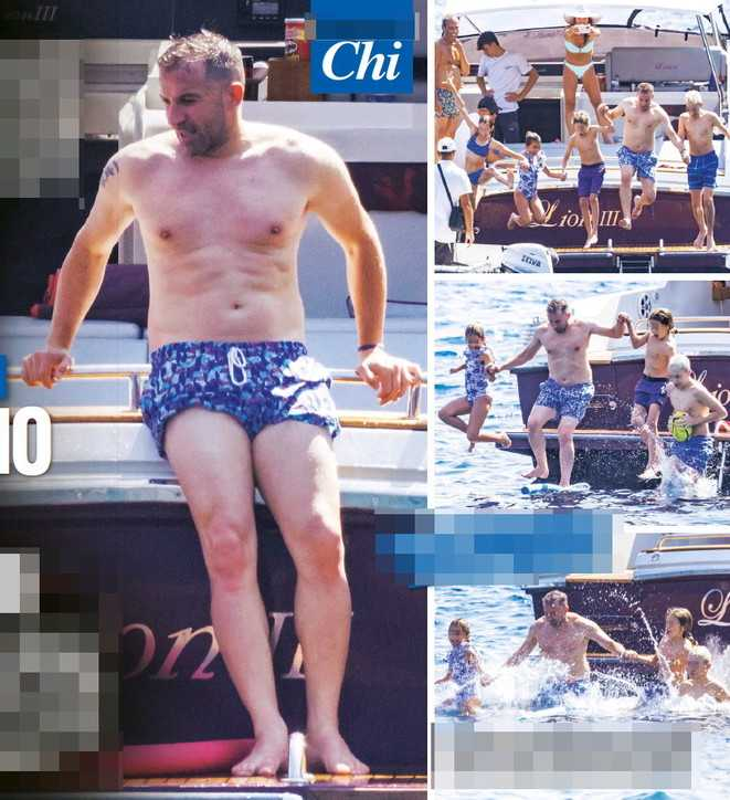 Alessandro Del Piero relax tra Capri e Costiera Amalfitana con la sua famiglia