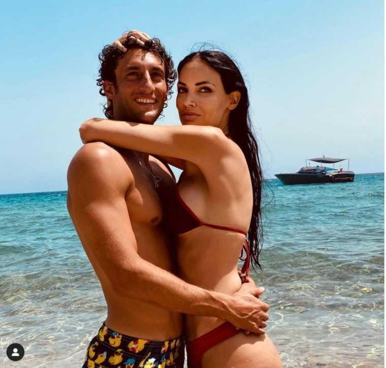 Michela Quattrociocche e Giovanni Naldi siparietti bollenti in mare